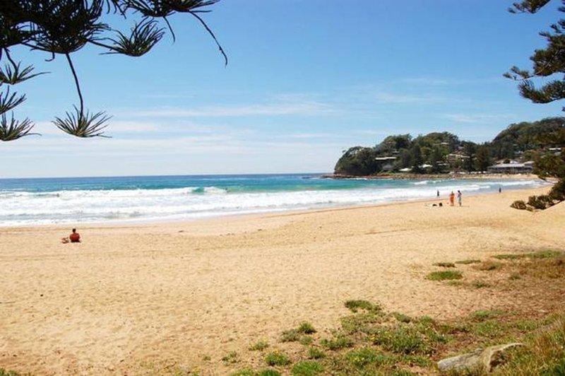 SEAVIEW SURF &  SAND AVOCA, vacation rental in Avoca Beach