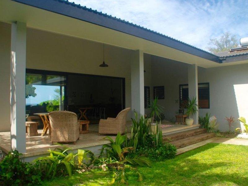 Tavake Oceanfront Villa, vacation rental in Matavera