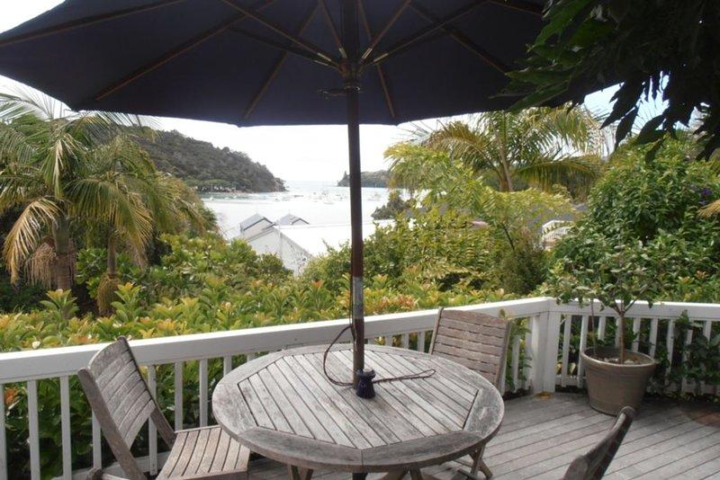 Stunning views of Mill Bay, casa vacanza a Mangonui