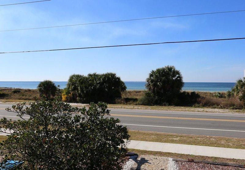 St Joe Beach, Gulf View, Single Level, Pet Friendly, holiday rental in Mexico Beach
