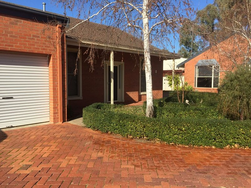 """""""Anstruther Oasis"""" Located in the Port Area, holiday rental in Echuca"""