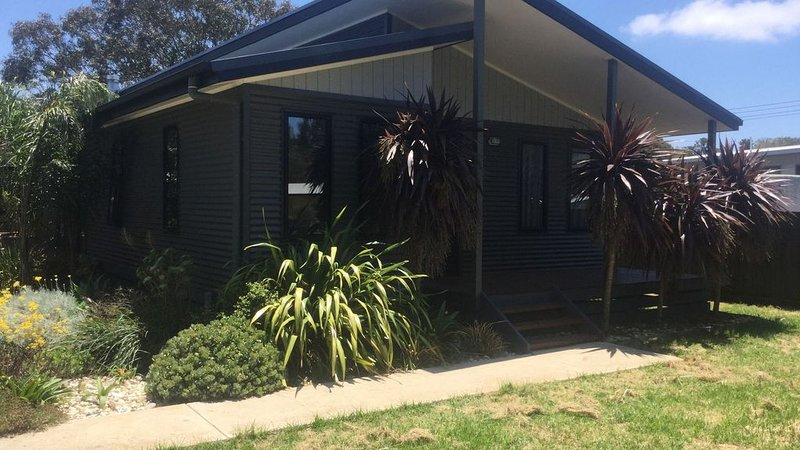 Beach House - Great family holiday, holiday rental in Paynesville
