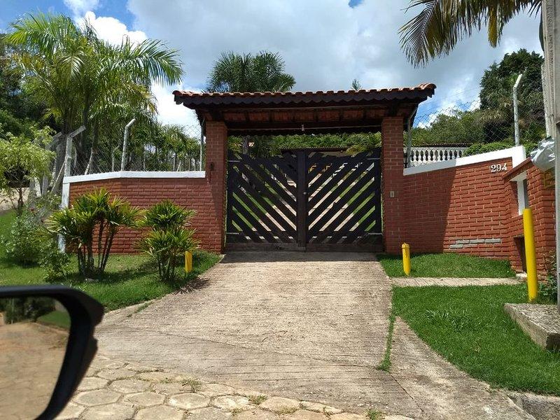 Excelente chácara para temporadas, holiday rental in Ibiuna