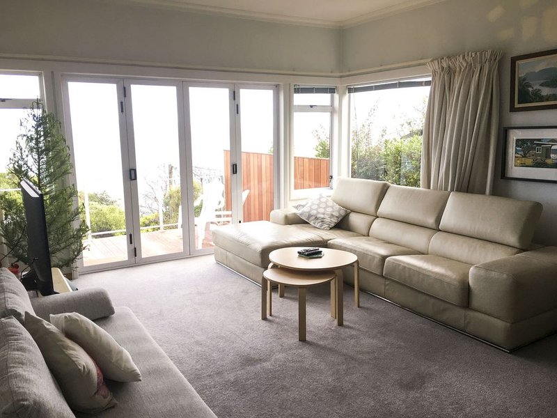 Bisley Beach House - 3 minutes walk to Tahunanui Beach, location de vacances à Nelson