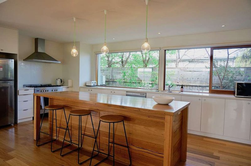 The Wanderer- Light filled Holiday Home., casa vacanza a Point Lonsdale