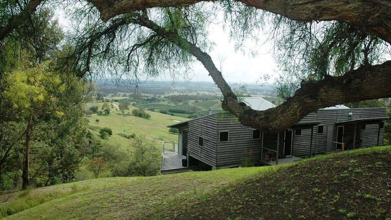 Mount View Lodges - Hunter Valley - 1 Bed, holiday rental in Mount View