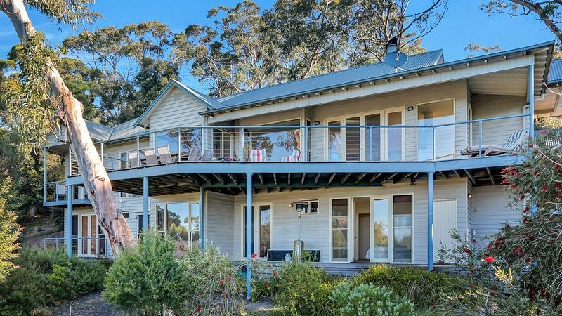 Luxury Lorne Family House, vacation rental in Kennett River