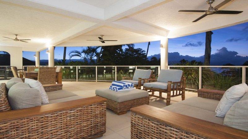 Island Point Villa 2  |  Port Douglas, vacation rental in Newell Beach