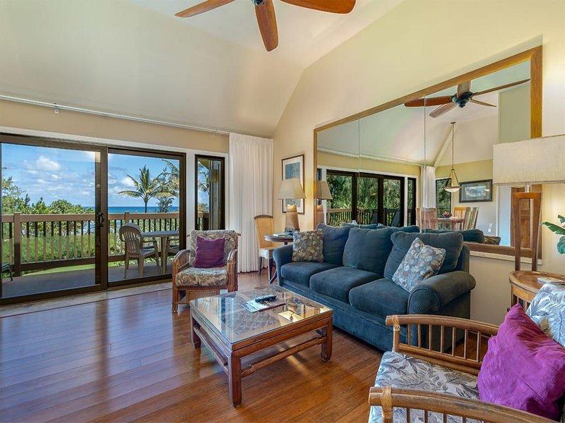 Kauai Paradise w/Kitchen, Ceiling Fans, Lanai, WiFi, Flat Screen+DVD–Kaha Lani 2, holiday rental in Lihue