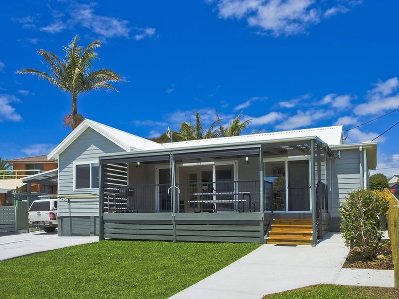 Seaview Cottage - Sunny location, holiday rental in Barragga Bay