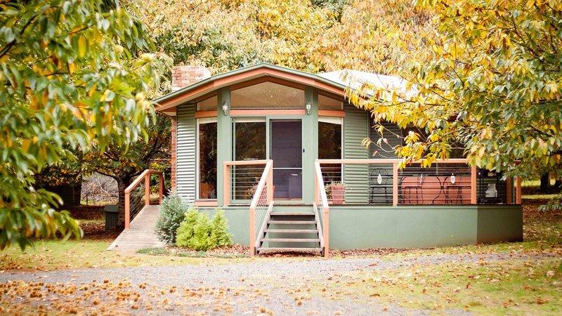 Chestnut Glade Cottages, vacation rental in Marysville