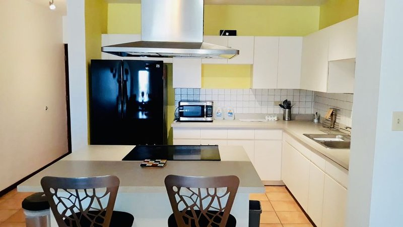 Comfy Beachfront condo with vast amenities !!!, vakantiewoning in Quebradillas