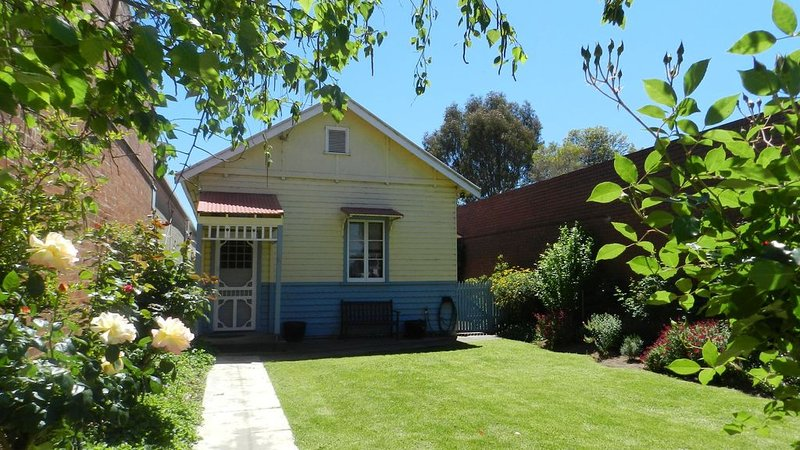 Tocumwal River Rose Cottage, holiday rental in Finley