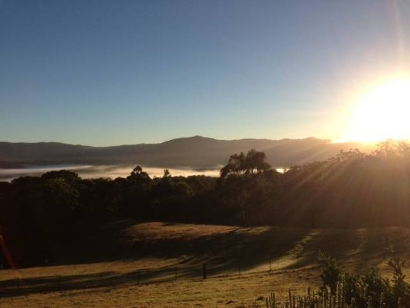 GlynNewydd is the perfect place to unwind with family & friends, pets welcome, vacation rental in Jenolan Caves