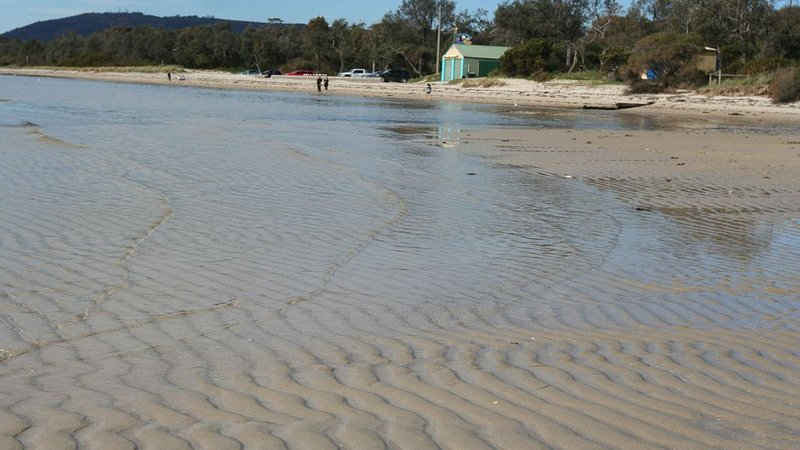Mirriam Retreat - Life by the Beach, holiday rental in Capel Sound