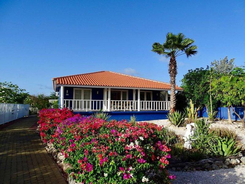 ◥ Caribbean Oasis with Tropical Garden & Pool ◤, location de vacances à Sint Jozefsdal
