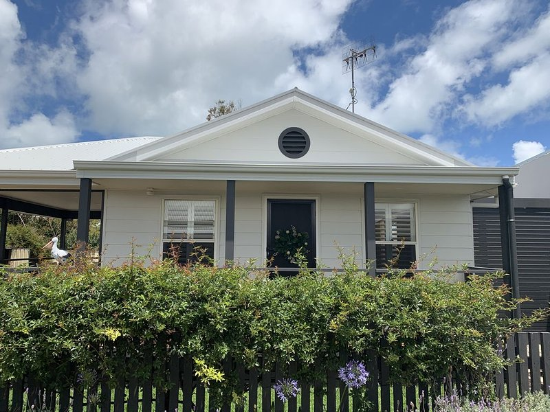 Sid's Place * the heart of Goolwa, holiday rental in Goolwa