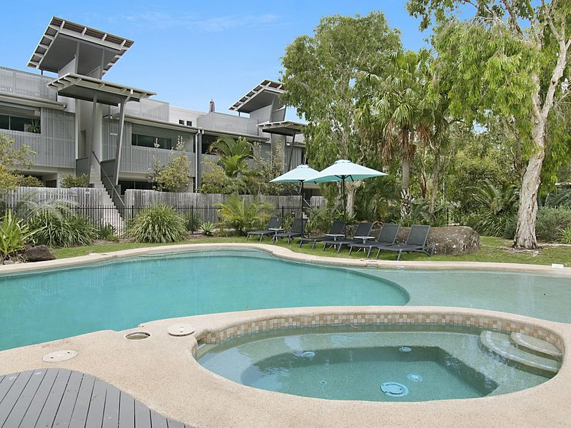 Aquawaters*Belongil..LUXURY APT close to beach .Byron Bay, holiday rental in Byron Bay