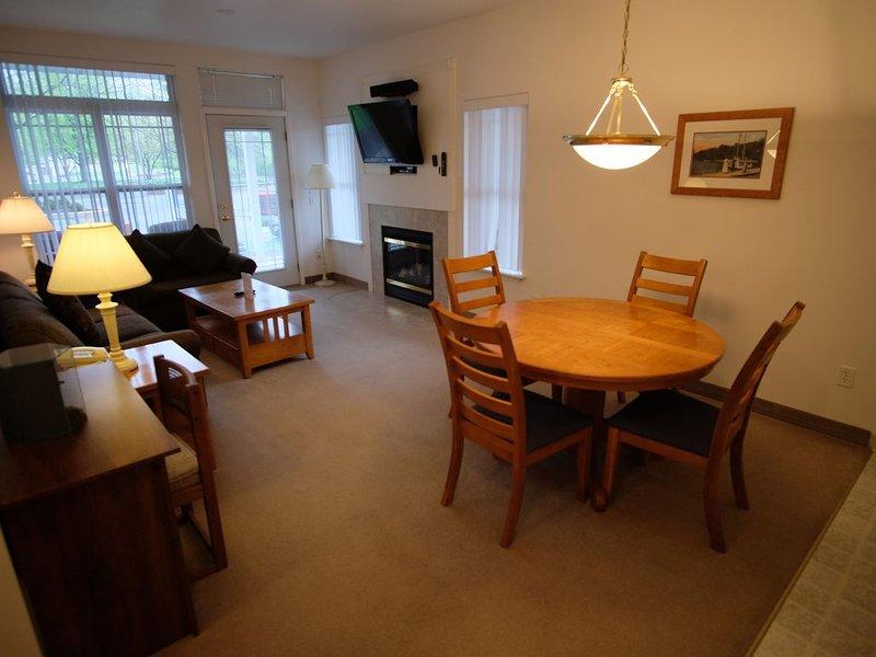 202- 1 bedroom Suite, vacation rental in Elkhorn