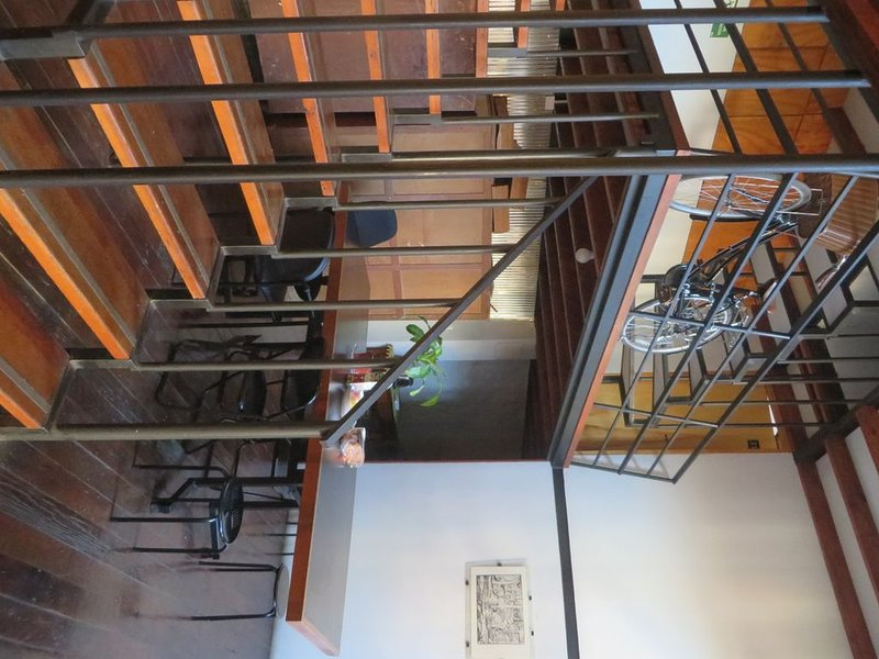 Modern studio in historical area, alquiler de vacaciones en Valparaiso