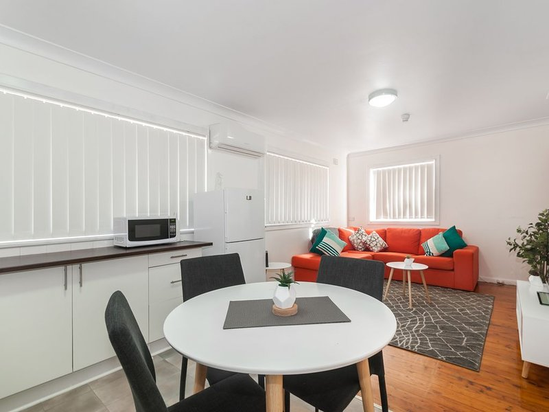 Waratah Beach Break 1 * Windang Beach, vacation rental in Warilla