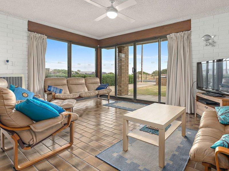 Sun & Surf Aldinga Beach Apartment, location de vacances à Onkaparinga