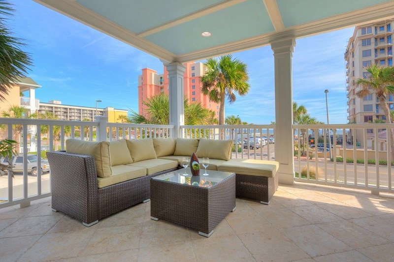 Inquire for Discounts! Amazing Oceanview, Family Reunions, Sleeps 16, holiday rental in Jacksonville Beach