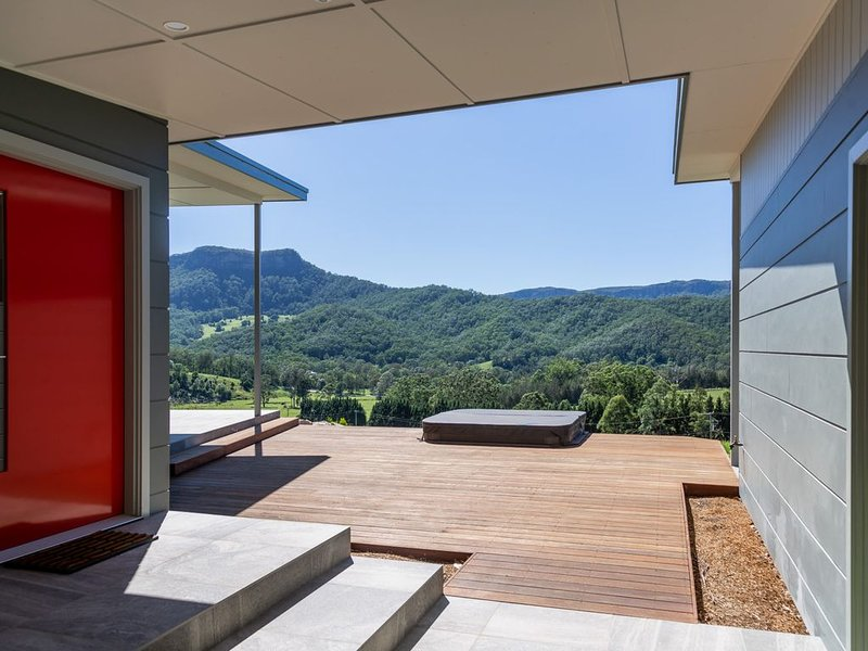 Cooinda, Sunny Architect Design New Home accommodation With Breathtaking..., holiday rental in Kangaroo Valley