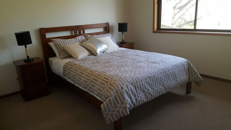Escape on Edward - in the parklands, holiday rental in Chiltern