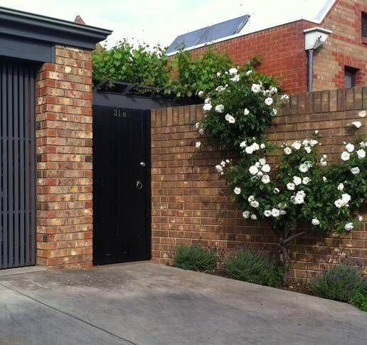 Stepney Townhouse-comfortable home away from home with garage parking, holiday rental in Pooraka