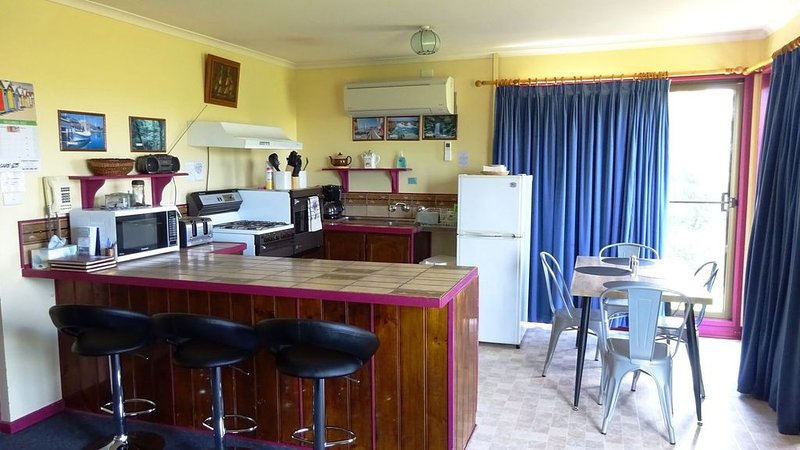Cobden Crest Cottages, holiday rental in Timboon