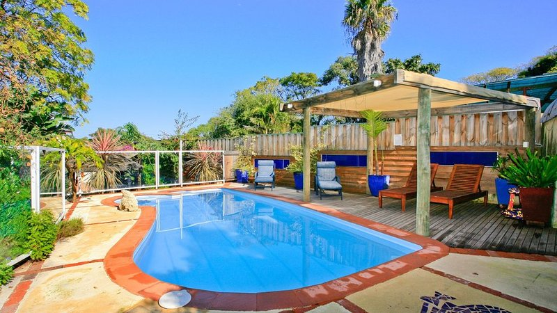 Mulberry Mansion - Fremantle. A resort style holiday home., holiday rental in Spearwood