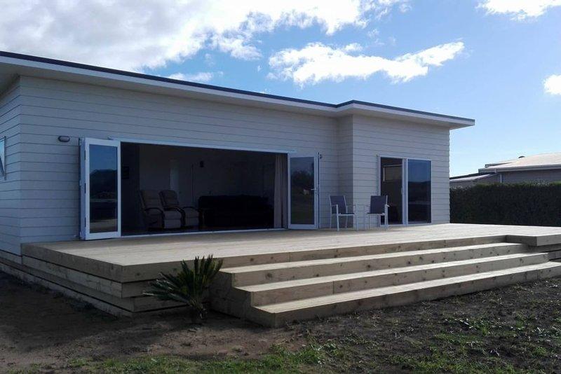 Gorgeous easy holiday home at Tokerau Beach, casa vacanza a Mangonui
