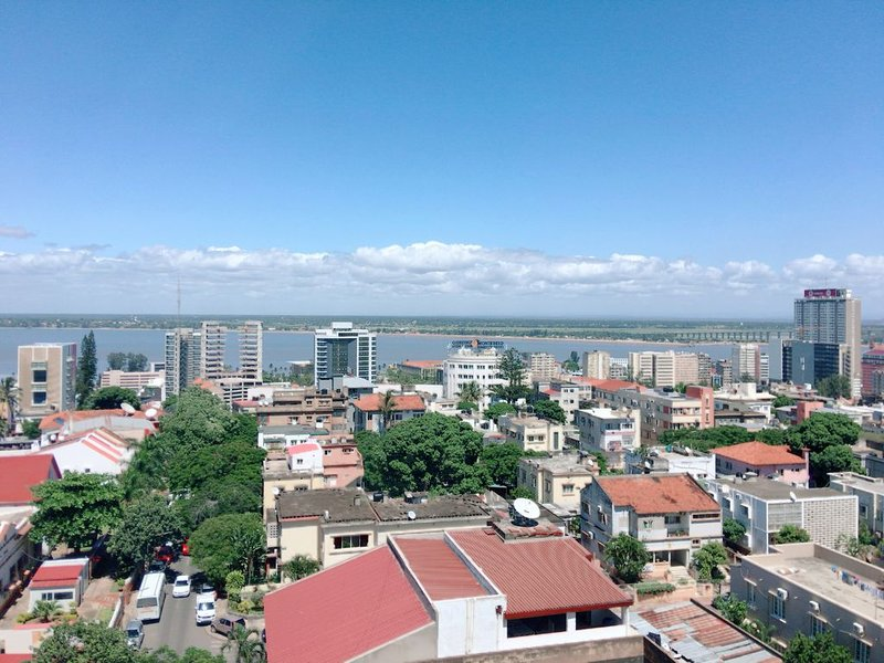 A  Nice Badroom in a nice, centrally located apartment, holiday rental in Maputo