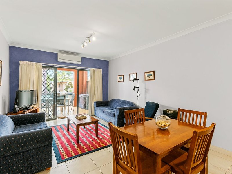 Welcome to your Surf Beach Getaway! - 3/20 Bong Bong Street, holiday rental in Kiama