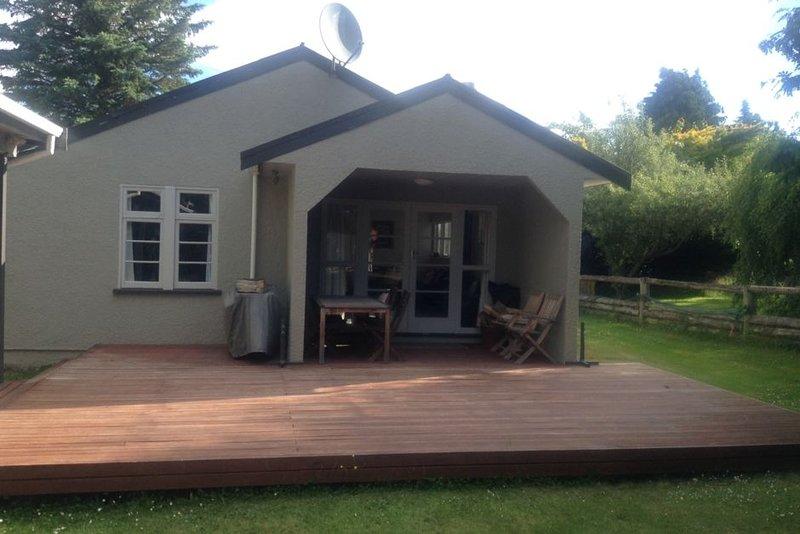 Eask Street Holiday Home, Ferienwohnung in Ranfurly