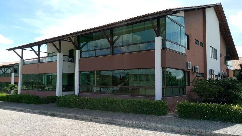 Olá, Eu Sou o Flat 101, Térreo, Nascente no Hotel Canarius de Gravatá, com 99 m2, alquiler de vacaciones en Estado de Pernambuco