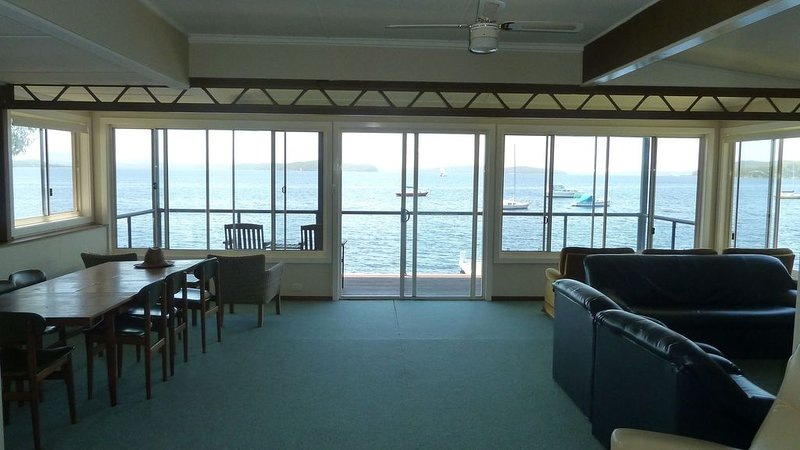 Illawong Nord's Wharf, vacation rental in Lake Macquarie
