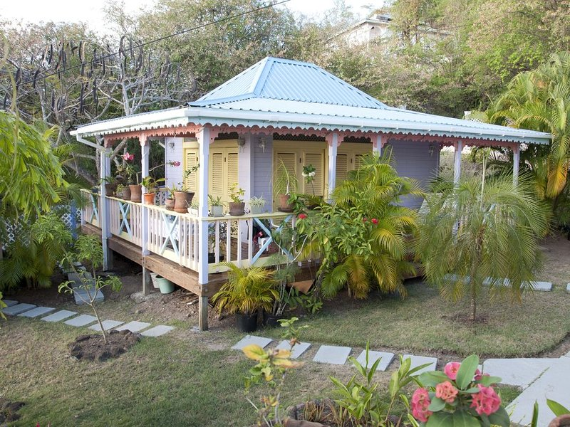 Beautiful cottage at  Villa Caribbean Dream, holiday rental in Vieux Fort