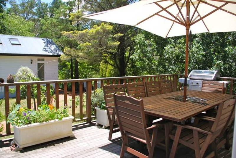 'LILYFIELD' : 4 BED HOUSE + 1 BED STUDIO, holiday rental in Leura