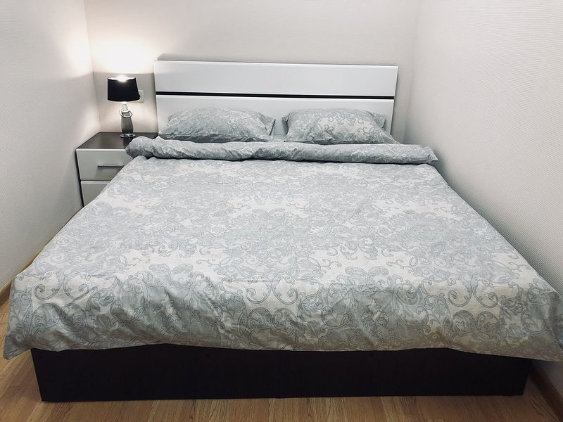 Cozy double room in a mini hotel Flori, alquiler vacacional en Zheleznodorozhny
