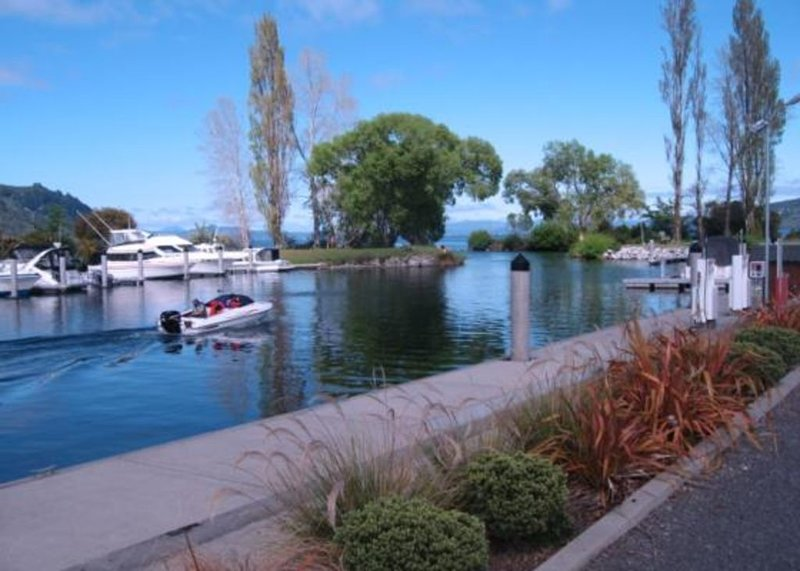 Great family bach in Kinloch, alquiler vacacional en Taupo District