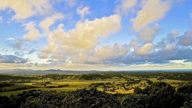Bluewater View Byron Bay, Stylish, Incredible View, location de vacances à Wilsons Creek