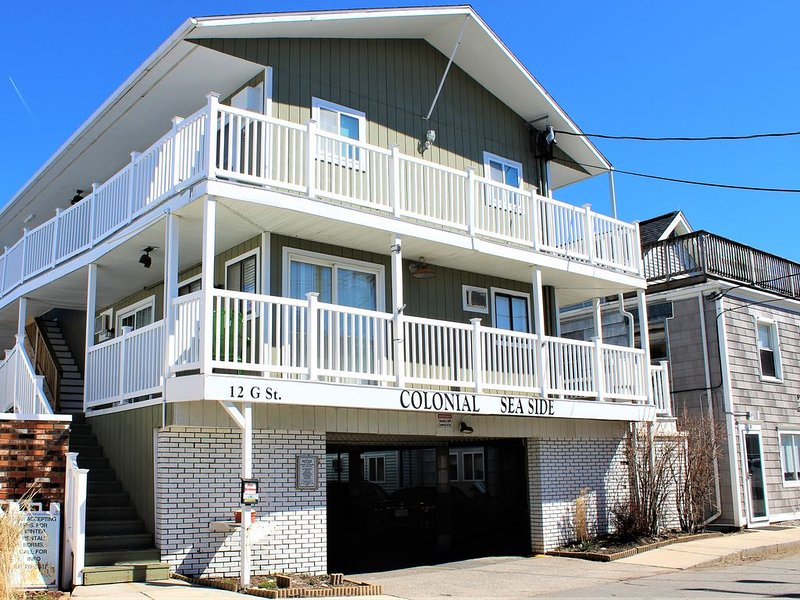 �Hidden Gem - Steps to Beach, Boardwalk & Attractions!�, holiday rental in Hampton