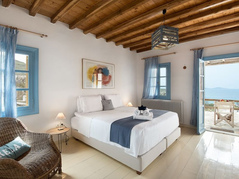 Anerousses Mykonian Traditional Houses, holiday rental in Choulakia