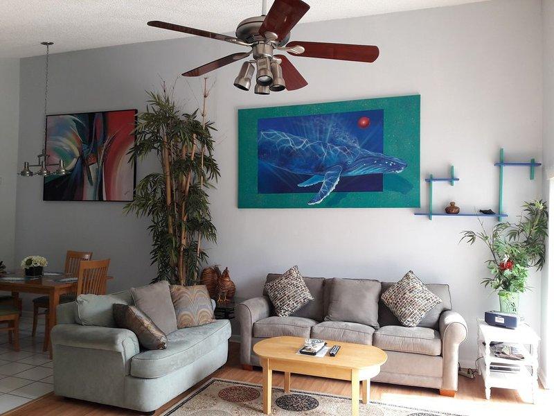 elegant luxury condo 206, alquiler vacacional en Palm Harbor