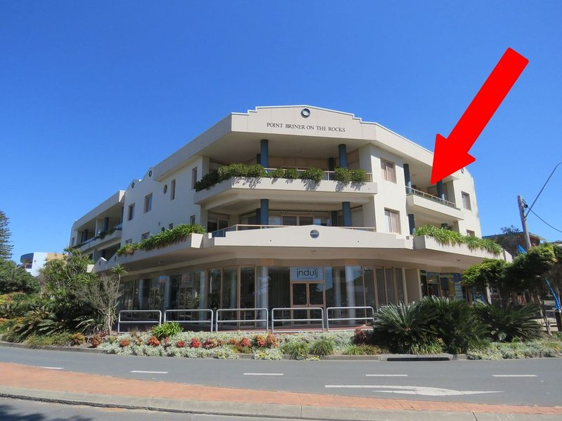 POINT BRINER UNIT 3 - THREE BEDROOM WITH MAIN BEACH VIEWS, vacation rental in South West Rocks
