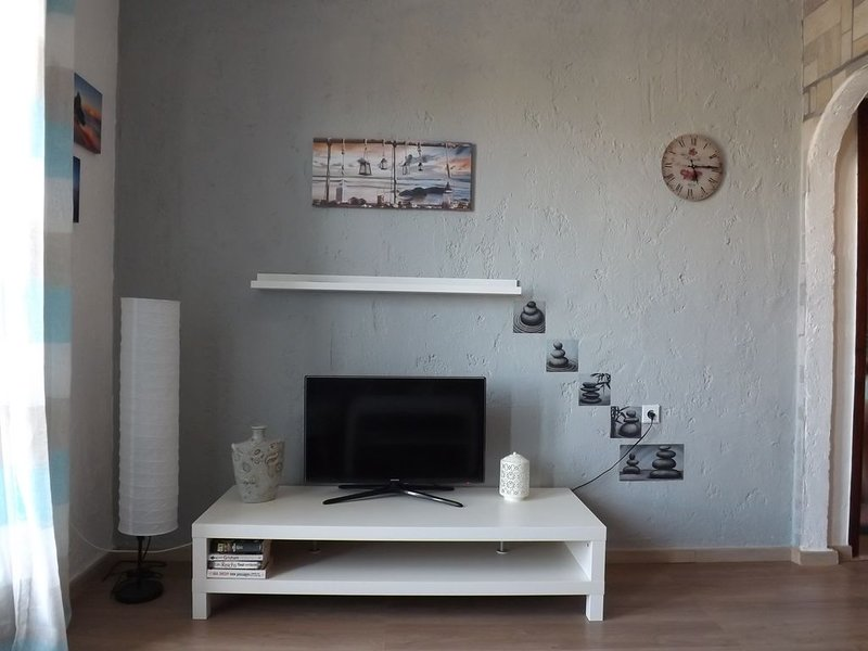 APARTMENT AMELIA-Nice  place in great location, holiday rental in Gournes