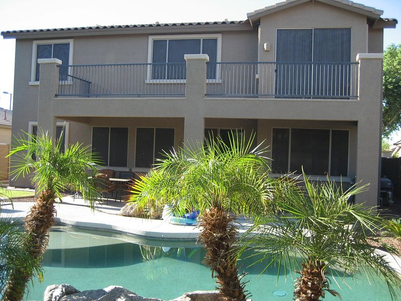 Stunning and comfortable 4 bedroom home, vacation rental in Litchfield Park