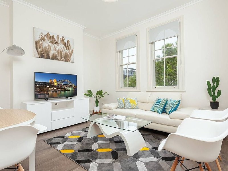 STUNNING SYDNEY HOME 3, vacation rental in Milsons Point